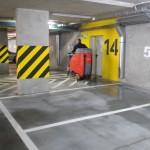 Mycie maszynowo - chemiczne posadzki betonowej w garażu podziemnym, Gliwice