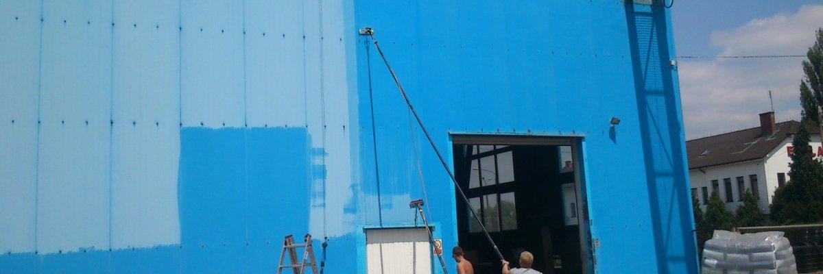 Czyszczenie ścian blaszanych hal